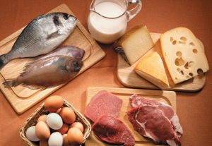 proteinas alimentos cantidad necesaria 300x207 Vacuna proteica contra Escorpio.