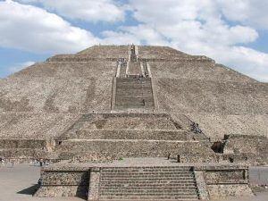 Piramide-del-Sol
