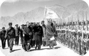 phunwang-and-dalai-lama-300x188