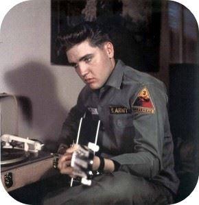Elvis-Aaron-Presley-2-290x300